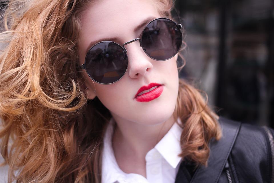 Makeup Tips for Office Girls