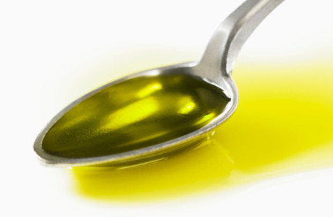Olive Oil for Dandruff Control