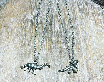 Dinosaur jewelry trends